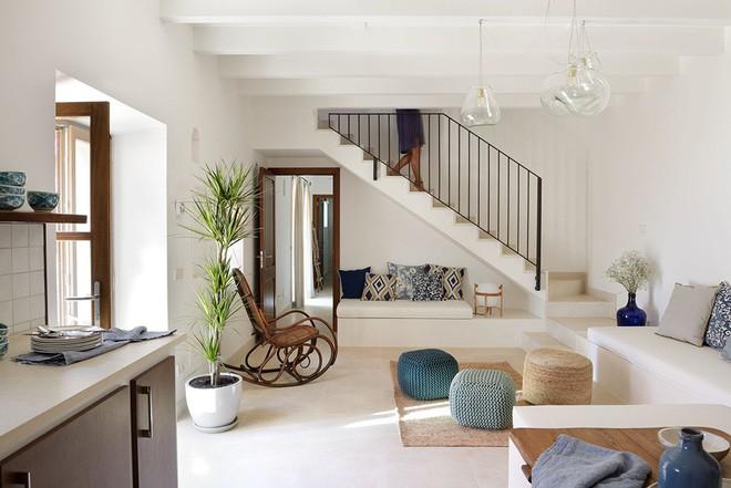10 phòng khách nhỏ nhưng đẹp và vô cùng ấm cúng khiến bạn yêu từ cái nhìn đầu tiên - Ảnh 5.
