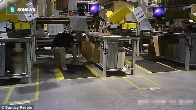 Phàn nàn vì làm việc kiệt sức, nhân viên Amazon được chủ cho ngay thứ này để dẹp thị phi - Ảnh 1.