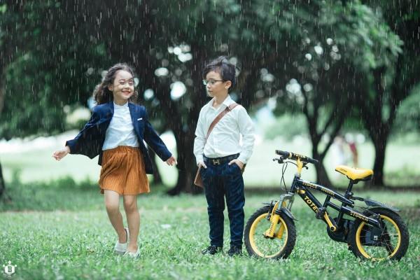 Nhiếp ảnh gia Bút Đỗ: Chụp với mẫu nhí Khánh Linh, Hữu Nhật vui lắm, có điều hai bé hay… đòi ăn - Ảnh 2.