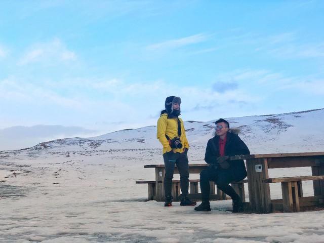 Choáng ngợp trước vẻ đẹp của Bắc Cực qua ống kính của Hoàng Lê Giang và Lý Thành Cơ - Ảnh 2.