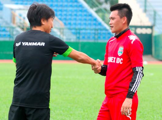 Lê Công Vinh thuê thầy cũ làm HLV đội bóng Sài thành - Ảnh 1.