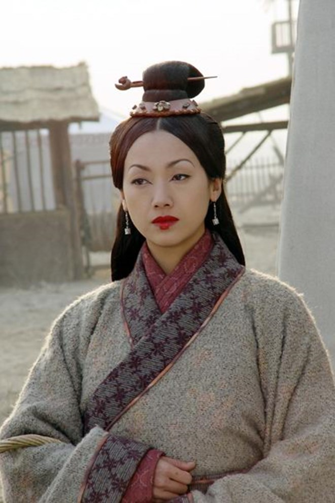 Tình duyên lận đận của Tiểu Long Nữ tà khí nhất màn ảnh - Ảnh 11.