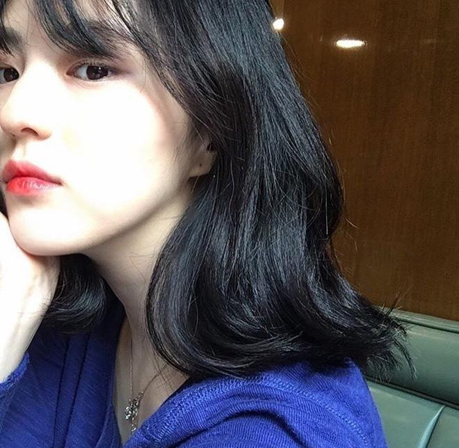 Vẻ ngoài vừa ngọt ngào, vừa cá tính của cô bạn Hàn Quốc từng góp mặt trong MV Tell Me What To Do (SHINee) - Ảnh 12.