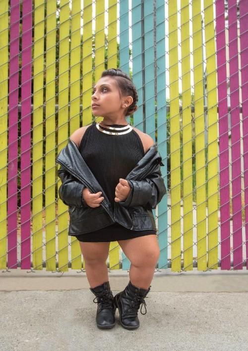Từng bị dè bỉu chê xấu, cô gái cao chưa đến 1m lột xác trở thành người mẫu 'vạn người mê' - Ảnh 11.