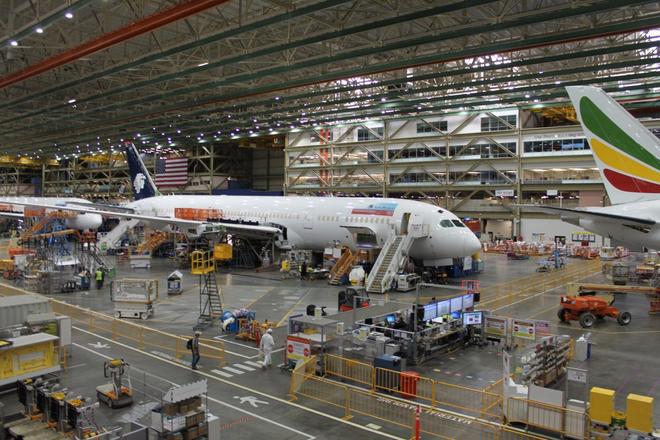Dạo một vòng quanh nhà máy sản xuất máy bay lớn nhất của Boeing - Ảnh 11.