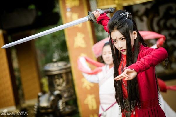 Phiên bản thiên thần và ác quỷ của người đẹp Hoa ngữ - Ảnh 12.