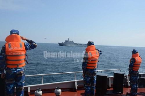 Tàu Hải quân Việt Nam tham gia diễn tập biển đa phương - Ảnh 12.