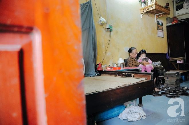 Tổ ấm nhỏ tràn đầy hạnh phúc của người đàn bà hiếm muộn và bé gái bị mẹ bỏ rơi trên xe taxi 4 năm trước - Ảnh 12.