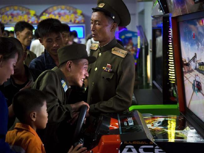 Ảnh mới độc đáo về cuộc sống ở Triều Tiên - Ảnh 12.