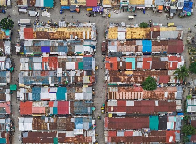 """Những hình ảnh """"nghẹt thở"""" về cuộc sống ở Manila - thành phố đông dân cư bậc nhất thế giới - Ảnh 13."""