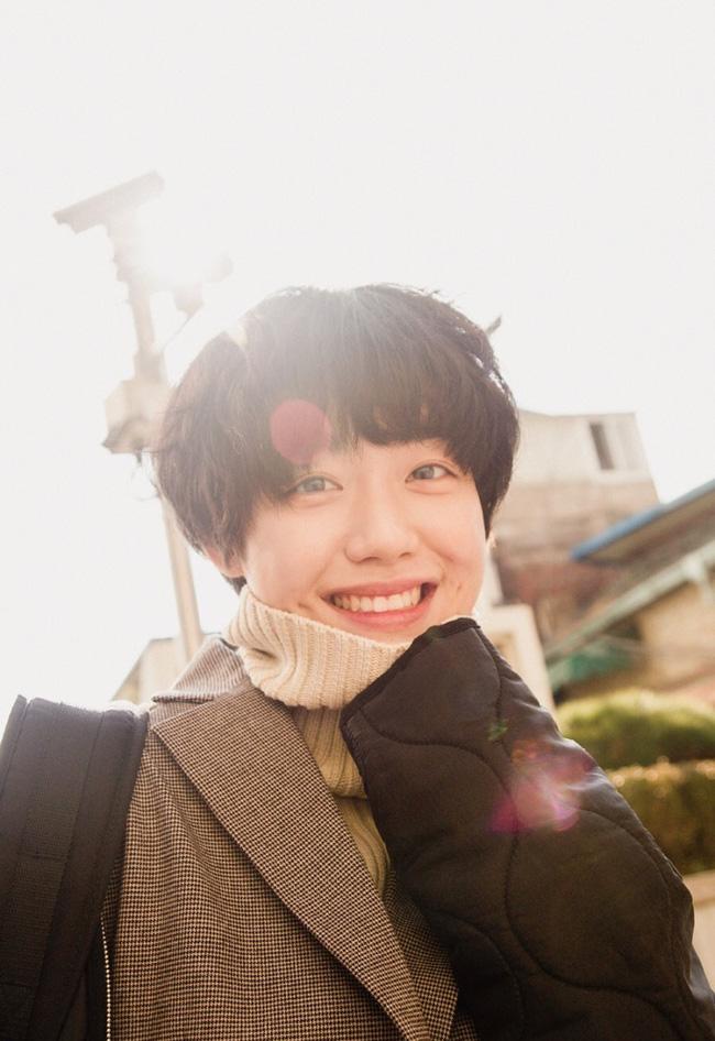 Cô bạn Hàn Quốc với nụ cười má lúm làm xiêu lòng mọi chàng trai - Ảnh 14.