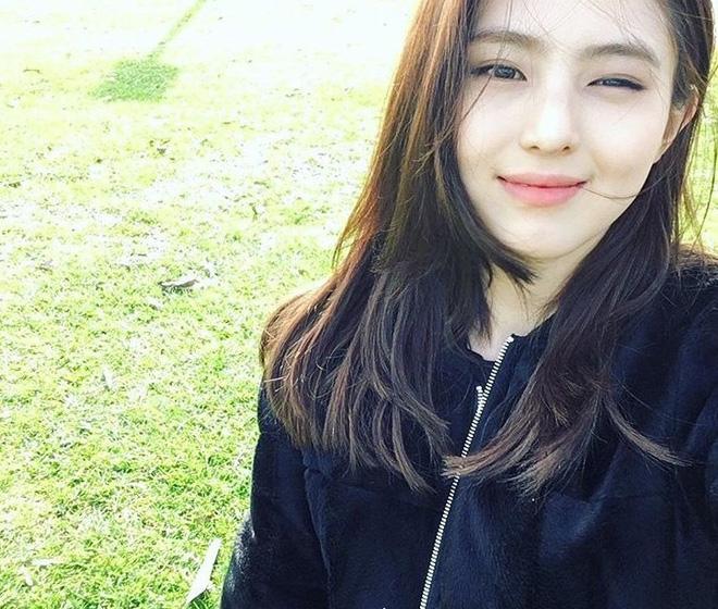 Vẻ ngoài vừa ngọt ngào, vừa cá tính của cô bạn Hàn Quốc từng góp mặt trong MV Tell Me What To Do (SHINee) - Ảnh 15.