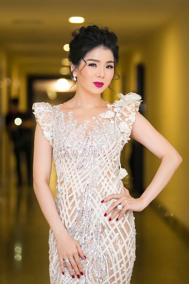 Nữ hoàng Bolero Lệ Quyên - đại gia ngầm của showbiz Việt - Ảnh 18.