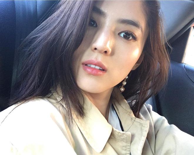 Vẻ ngoài vừa ngọt ngào, vừa cá tính của cô bạn Hàn Quốc từng góp mặt trong MV Tell Me What To Do (SHINee) - Ảnh 17.
