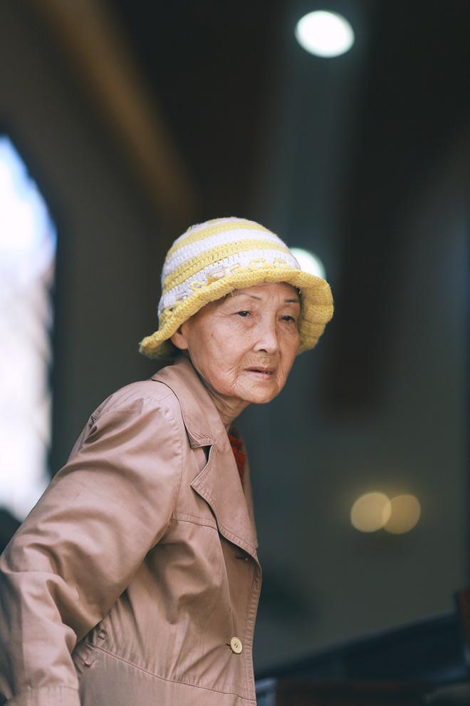 Hồng nhan thời trẻ nhưng về già chẳng chồng con, cụ bà 83 tuổi bầu bạn với thú hoang nơi phố núi Đà Lạt - Ảnh 17.