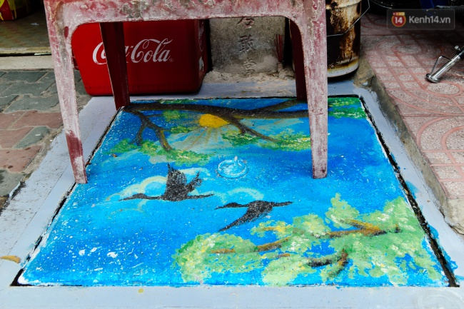 Nhìn những bức tranh trên nắp cống ở Sài Gòn đẹp như thế này, không ai nỡ xả rác nữa! - Ảnh 18.