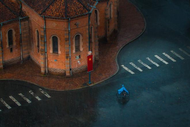 Những bức ảnh tuyệt đẹp này sẽ khiến bạn nhận ra, trong mưa, cuộc đời vẫn dịu dàng đến thế - Ảnh 19.