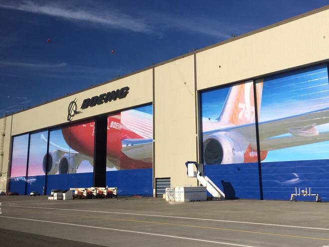 Dạo một vòng quanh nhà máy sản xuất máy bay lớn nhất của Boeing - Ảnh 20.
