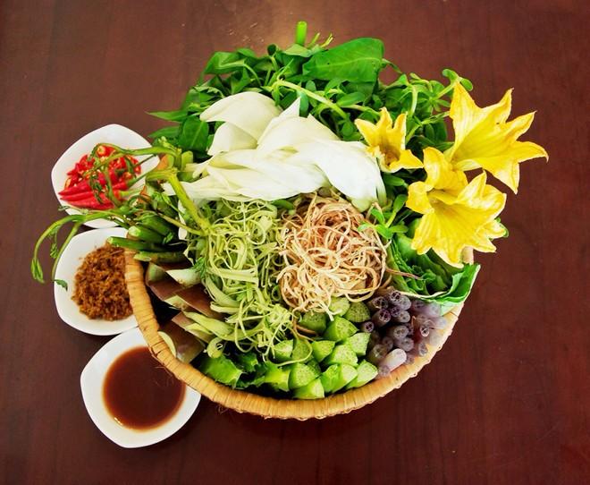 Cách lựa chọn mỗi loại rau phù hợp cho từng loại lẩu - Ảnh 3.