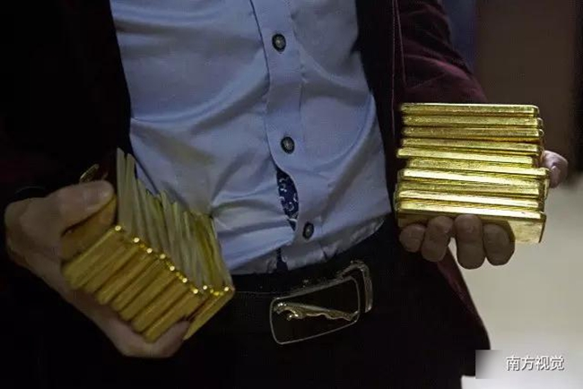 Ngôi làng nhiều vàng bạc châu báu nhất Trung Quốc: Xách túi nilon đựng vàng ròng đi ngoài đường cũng chẳng lo bị cướp - Ảnh 3.