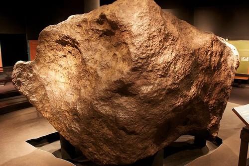6 thiên thạch lớn nhất từng được tìm thấy trên Trái Đất - Ảnh 3.