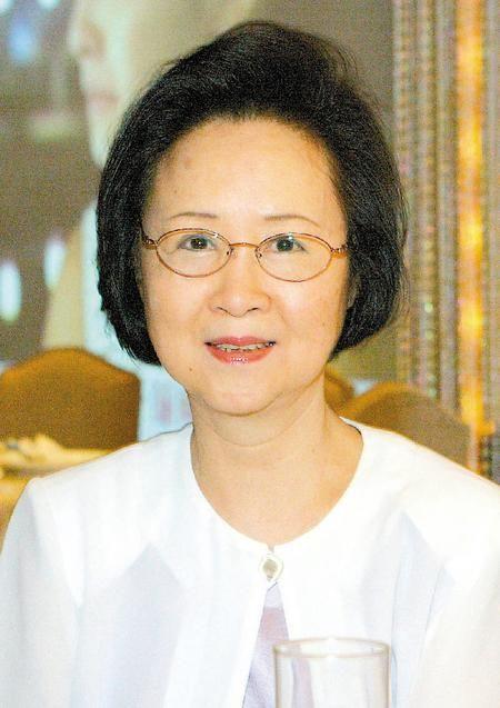 Nữ sĩ Quỳnh Dao viết tâm thư xúc động dặn dò con cái lo chuyện hậu sự - Ảnh 2.