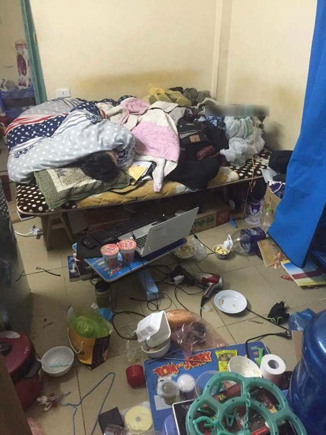 Lại thêm một căn phòng trọ như bãi rác khiến ta tự hỏi: Ở bẩn là hot trend năm nay ư? - Ảnh 3.
