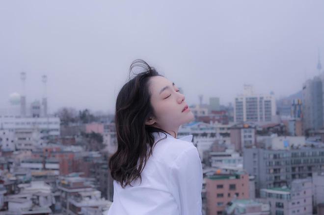 Cô bạn Hàn Quốc với nụ cười má lúm làm xiêu lòng mọi chàng trai - Ảnh 3.