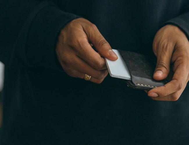 Cai nghiện smartphone bằng cục gạch sang chảnh chỉ có chức năng nghe - gọi - Ảnh 5.