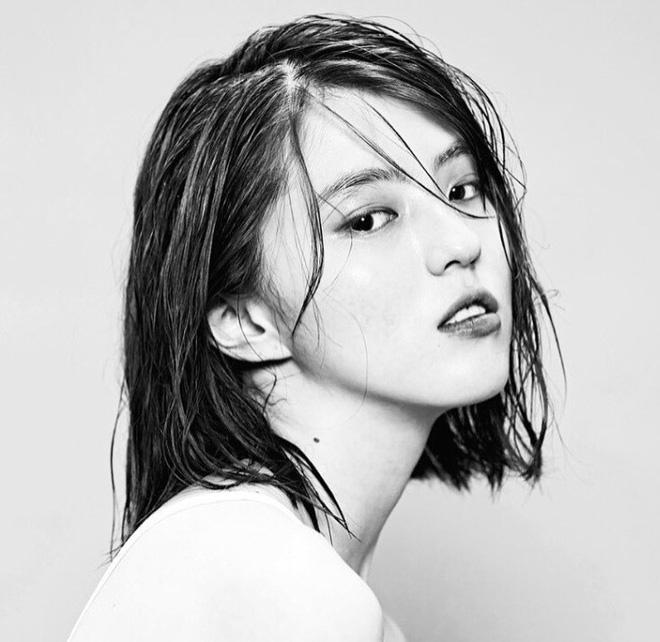 Vẻ ngoài vừa ngọt ngào, vừa cá tính của cô bạn Hàn Quốc từng góp mặt trong MV Tell Me What To Do (SHINee) - Ảnh 4.