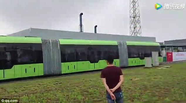 Tàu không cần đường ray - Thiết kế đường sắt tương lai đến từ Trung Quốc - Ảnh 3.