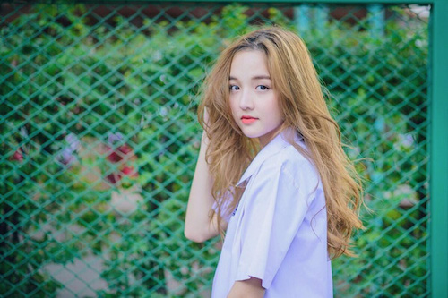 Hot girl Thái Lan khiến cư dân mạng tan chảy vì nụ cười ngọt lịm như đường - Ảnh 1.