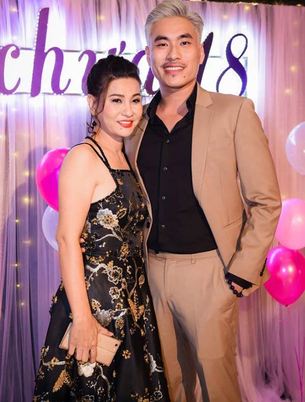 3 sao Việt ly hôn, có con riêng vẫn tìm được hạnh phúc bên một nửa kém hàng chục tuổi - Ảnh 3.