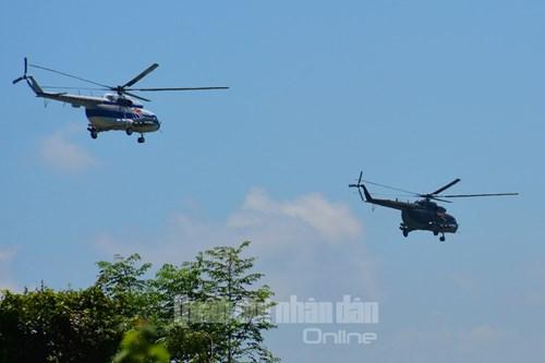 Trực thăng vũ trang, phản lực chiến đấu đồng loạt bắn, ném bom, tiêu diệt mục tiêu mặt đất - Ảnh 3.