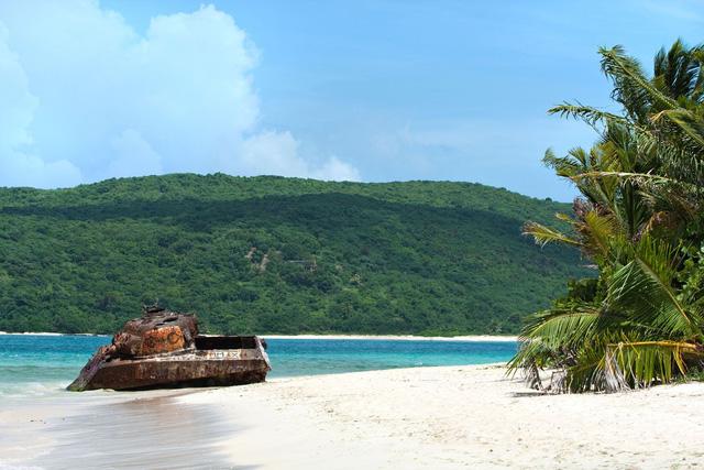 7 bãi biển đẹp như thiên đường trên toàn thế giới mà tín đồ du lịch sẽ tiếc hùi hụi nếu không ghé thăm ít nhất 1 lần - Ảnh 3.