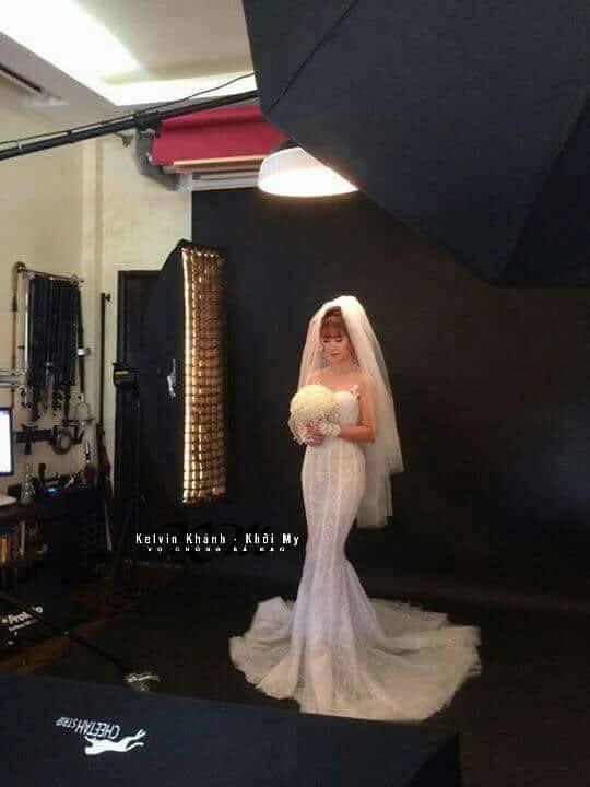 Khởi My e ấp, Kelvin Khánh để tóc dài lãng tử trong hậu trường chụp ảnh cưới - Ảnh 3.