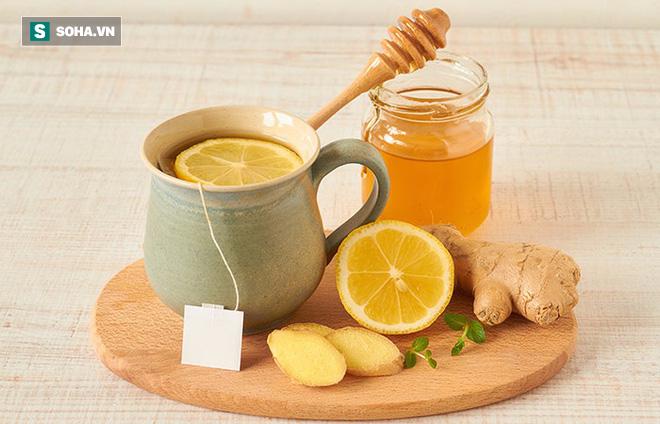 Thải độc đường ruột, thanh lọc cơ thể: Hãy uống 1 thìa mật ong vào đúng thời điểm - Ảnh 2.