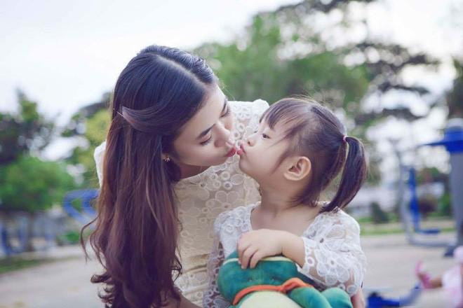 Ẩn ý bên trong bát mì mẹ chồng Singapore tự tay chuẩn bị mừng sinh nhật con dâu Việt - Ảnh 3.