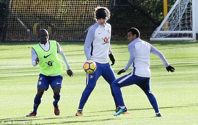Mourinho tổ chức chiến dịch giải cứu David Luiz - Ảnh 3.
