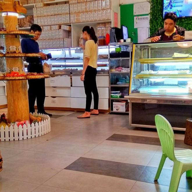 Mách bạn 4 hàng bánh rán chỉ từ 1k mà chủ hàng lúc nào cũng niềm nở, thân thiện ở Hà Nội - Ảnh 21.