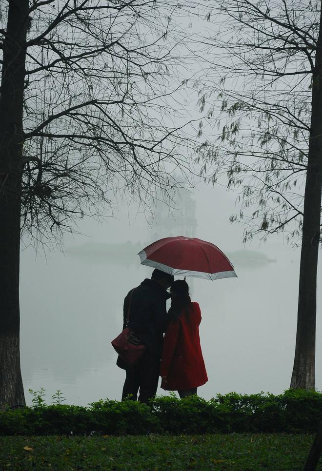 Những bức ảnh tuyệt đẹp này sẽ khiến bạn nhận ra, trong mưa, cuộc đời vẫn dịu dàng đến thế - Ảnh 24.