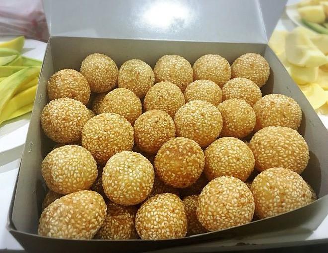 Mách bạn 4 hàng bánh rán chỉ từ 1k mà chủ hàng lúc nào cũng niềm nở, thân thiện ở Hà Nội - Ảnh 24.