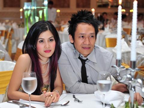 Sao Việt làm mẹ khi chưa được 20 tuổi: Người tìm được bến đỗ yên bình, kẻ vẫn khuê phòng lẻ loi - Ảnh 25.