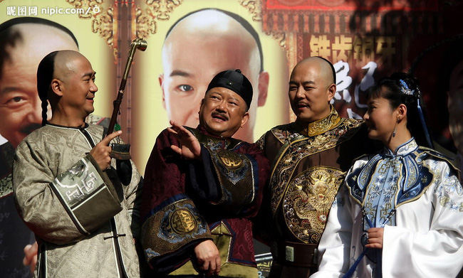 Bộ ba Bản lĩnh Kỷ Hiểu Lam bất ngờ tái ngộ sau 15 năm phim lên sóng - Ảnh 4.