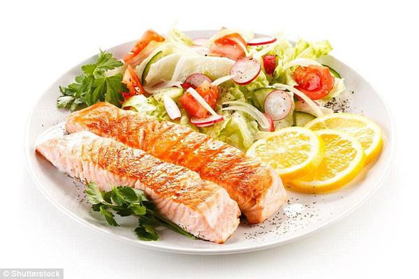 Chuyên gia tiết lộ 3 sai lầm phổ biến mà rất nhiều người mắc phải trong bữa trưa - Ảnh 4.