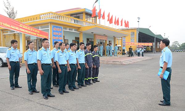 Trung đoàn 930 (Sư đoàn 372) tổ chức thành công ban bay mẫu - Ảnh 4.