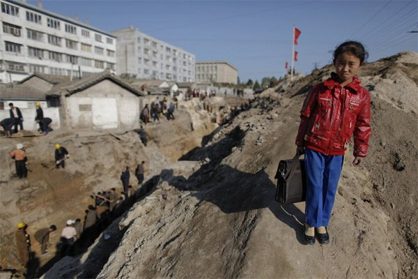 Hình ảnh hiếm về tuổi thơ của trẻ em Triều Tiên - Ảnh 4.