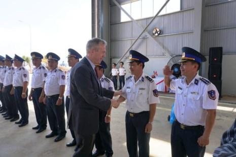 Mỹ bàn giao cho Cảnh sát biển Việt Nam 6 tàu tuần tra - Ảnh 4.