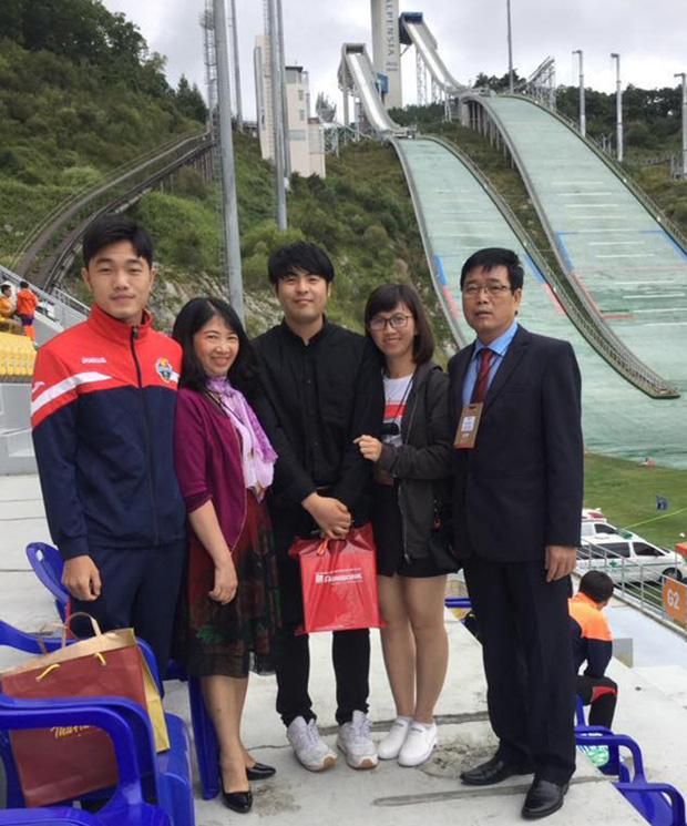 Lương Xuân Trường nhận niềm vui to lớn từ gia đình ngay trên đất Hàn Quốc - Ảnh 4.