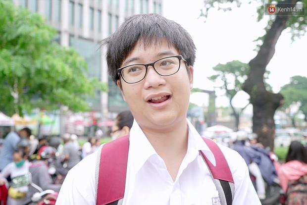 Chuyện chưa kể về bác bảo vệ mà học sinh chuyên Lê Hồng Phong cúi đầu chào mỗi ngày: Hiệp sĩ xích lô 21 lần bắt cướp - Ảnh 4.